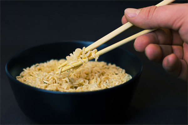 Noodles & Chopsticks